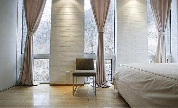 Tipi Di Tende Per Casa.Tende Per Interni Modena Da Esterni Classiche A Caduta